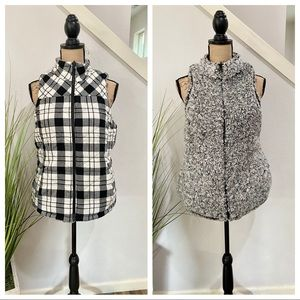 maurices reversable vest, b&w check & sherpa